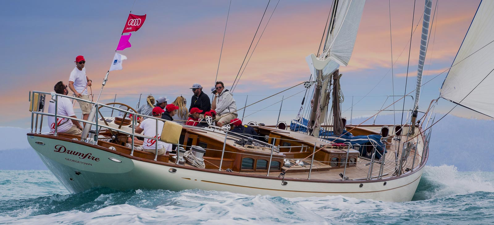 <h1>Yacht Rigging Specialists</h1><p>Got a mast or rigging probem? We will fix it!</p><p><a href='https://riggtech.com.au/contact'>CONTACT US</a></p>